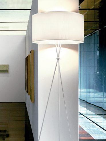 Lámpara de pie LOULU de Massmi