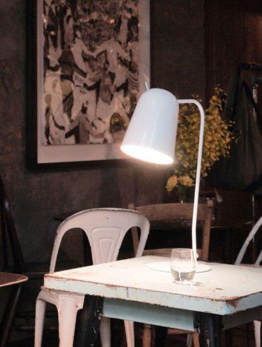 Lámpara de Mesa DOBI